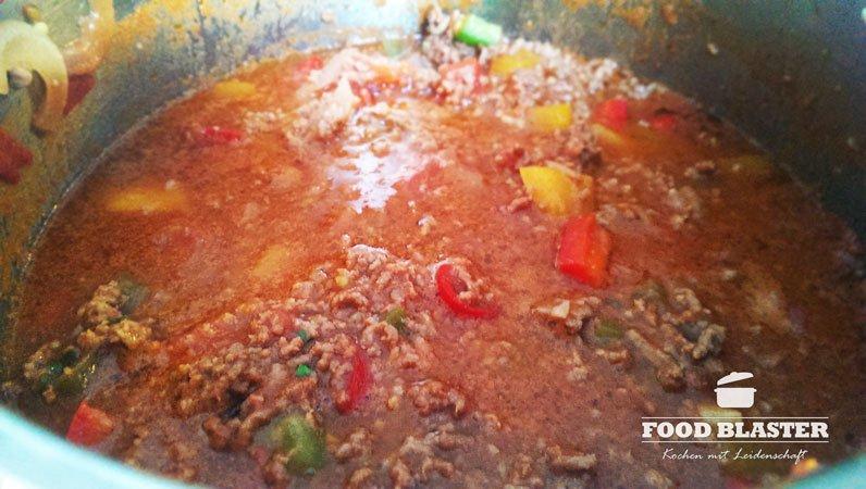 Soße für Lasagne mit Hackfleisch