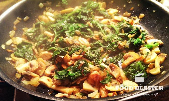 Spinat und Pilze in Maultaschen